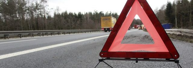 Warndreieck Verkehrsunfall